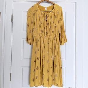 Bohemian Flowy Midi Dress With Flutter Sleeves